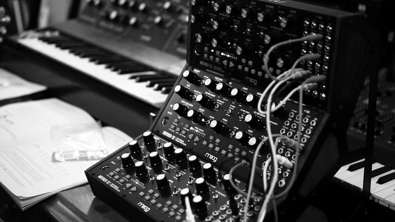 MOOG Mother 32 3 Tier FIRST 5 MINUTES With Dan Haigh