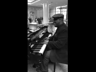 Amazing musicians - beautiful jazz singer