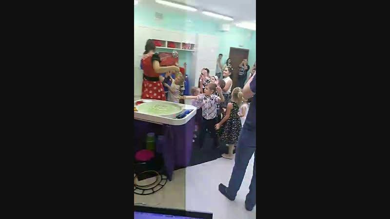 День рождения у Амелии в студии праздника