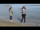 прэкрасные дэвушки садятся жопой в море ♥️