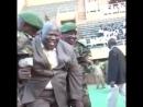 Угандийский политик и генерал решил показать класс на открытии военных игр
