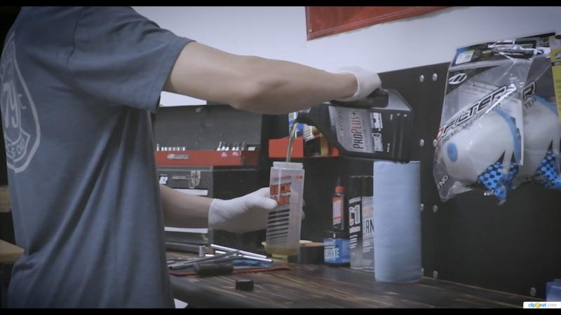 Maxima Pro Plus - полностью синтетическое моторное масло широкого применения
