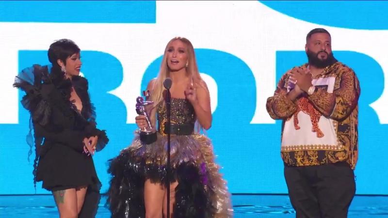 20 августа 2018 ›› Вручение награды «Лучшая коллаборация» на MTV VMA