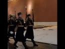 Пост Почётного караула у Вечного огня на Могиле Неизвестного Солдата