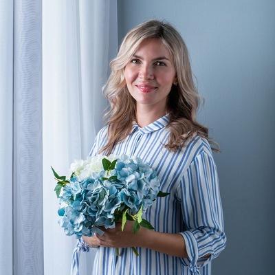 Анна Майорова