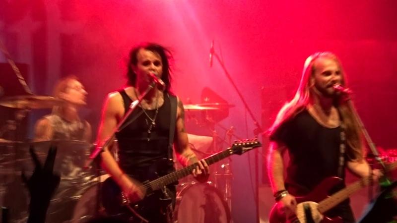 Six Feet Under - Kissin` Dynamite - Live @ Rock im Hinterland