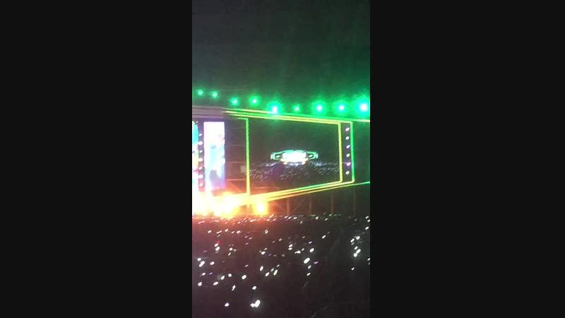 [2018.10.20] EXO - Ko Ko Bop | Busan One Asia Festival 2018 Opening concert