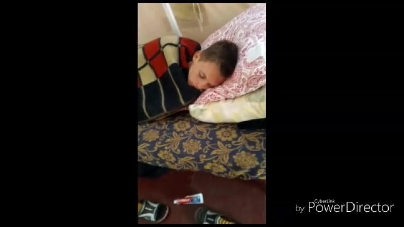 Спят усталые детишки в Маяке. Это их последний день в лагере.