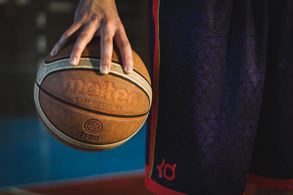 Юные баскетболисты из Бибирева поборются за выход в 1/8 турнира «Победный мяч»