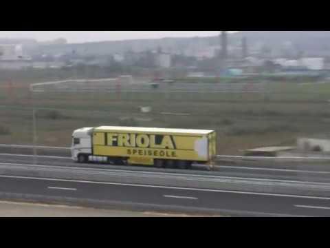 Фуры с керченского моста-на мост.Шпалы ж-д подхода Керчь.01.10.2018.