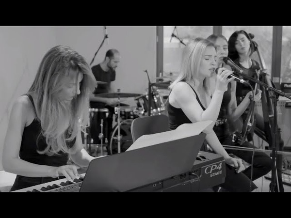 Crazy in love Beyonce cover Amadeus Electric Quartet live session