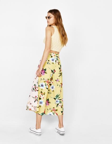 Комбинированные брюки-кюлоты с цветочным рисунком