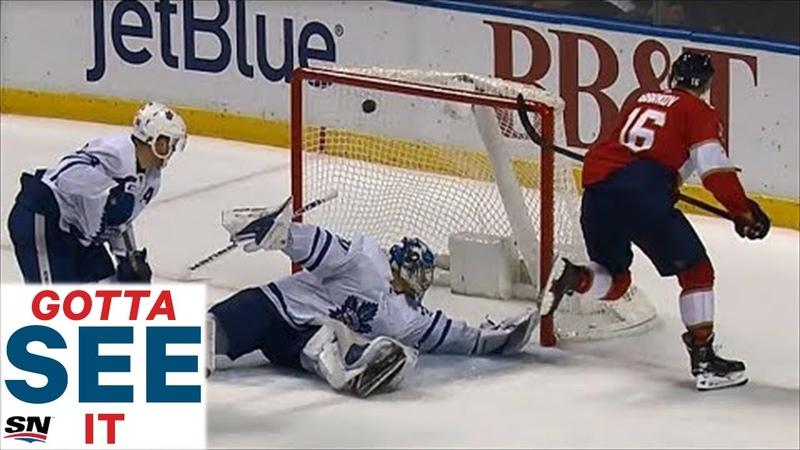 Хет-трик Александра Баркова в игре с «Торонто»