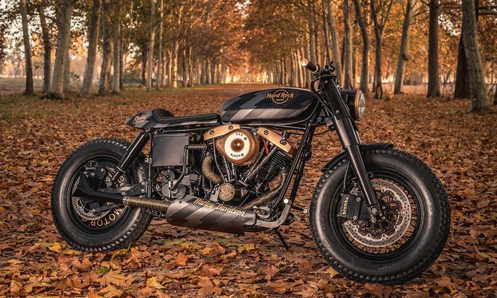Hard Rock Cafe: кафе рейсер Harley Davidson FXS Shovelhead ака Old Wine
