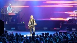 Keith Urban sings Somewhere In My Car &amp Long Hot Summer at Blossom Music Center on 8-10-18