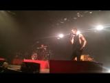Tyler Joseph stops show to remove aggressive fan