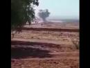 Сирийская авиация наносит ракетные и авиаудары по позициям боевиков в р не н п Хан Шейхун Аль Тамана и Латамина в провинции Ид