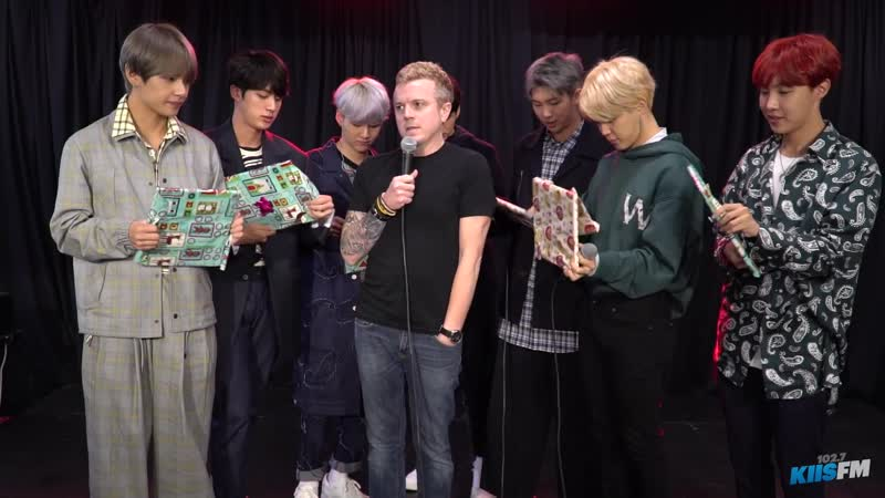 171116 BTS Open Christmas Gifts From Jojo