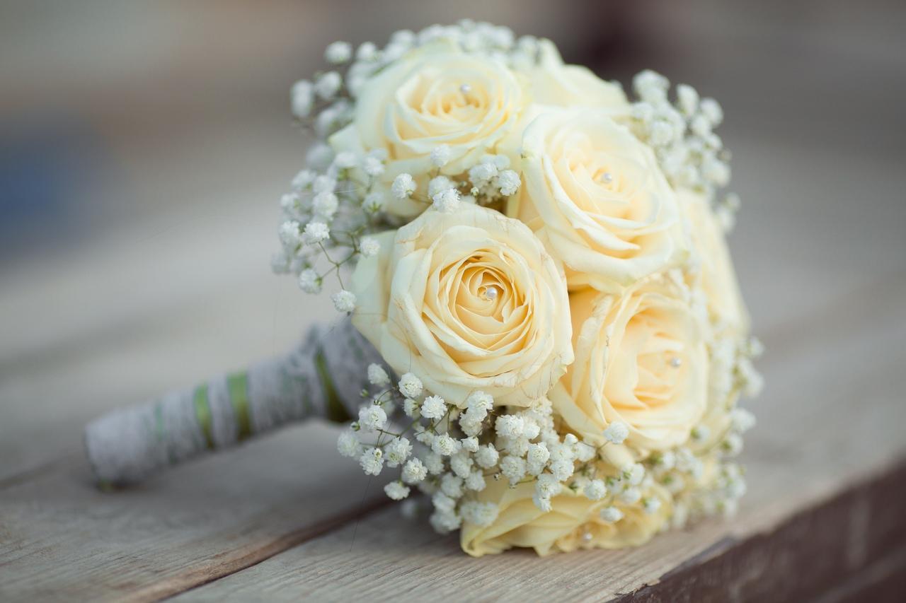 Сколько нужно роз для букета невесты, букеты цена букеты