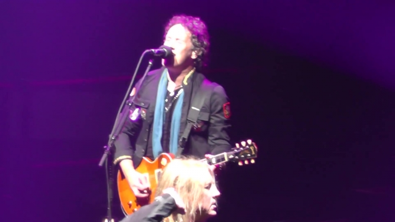 Def Leppard 5⁄21⁄18 - 13 Pour Some Sugar On Me - Hartford, CT - Tour Opener