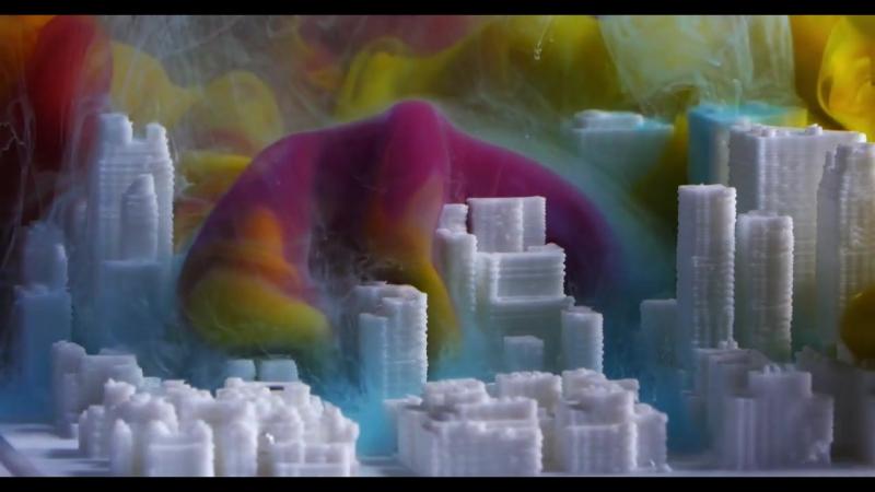 Растворение цветных чернил в аквариуме