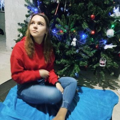 Маша Азовцева
