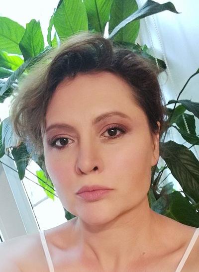 Анна Шелестова