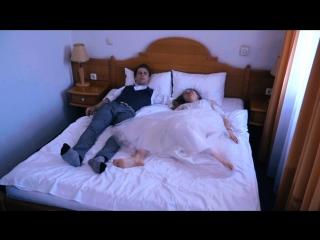 Видео брачная ночь секс разделяю