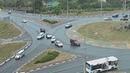 Небольшое ДТП на перекрёстке с круговым движением по улицам Магистральная и Губкина