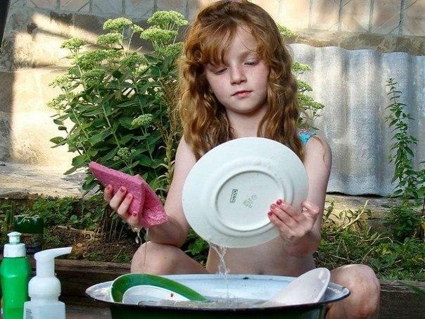 Почему девочку не надо заставлять что-то делать по дому