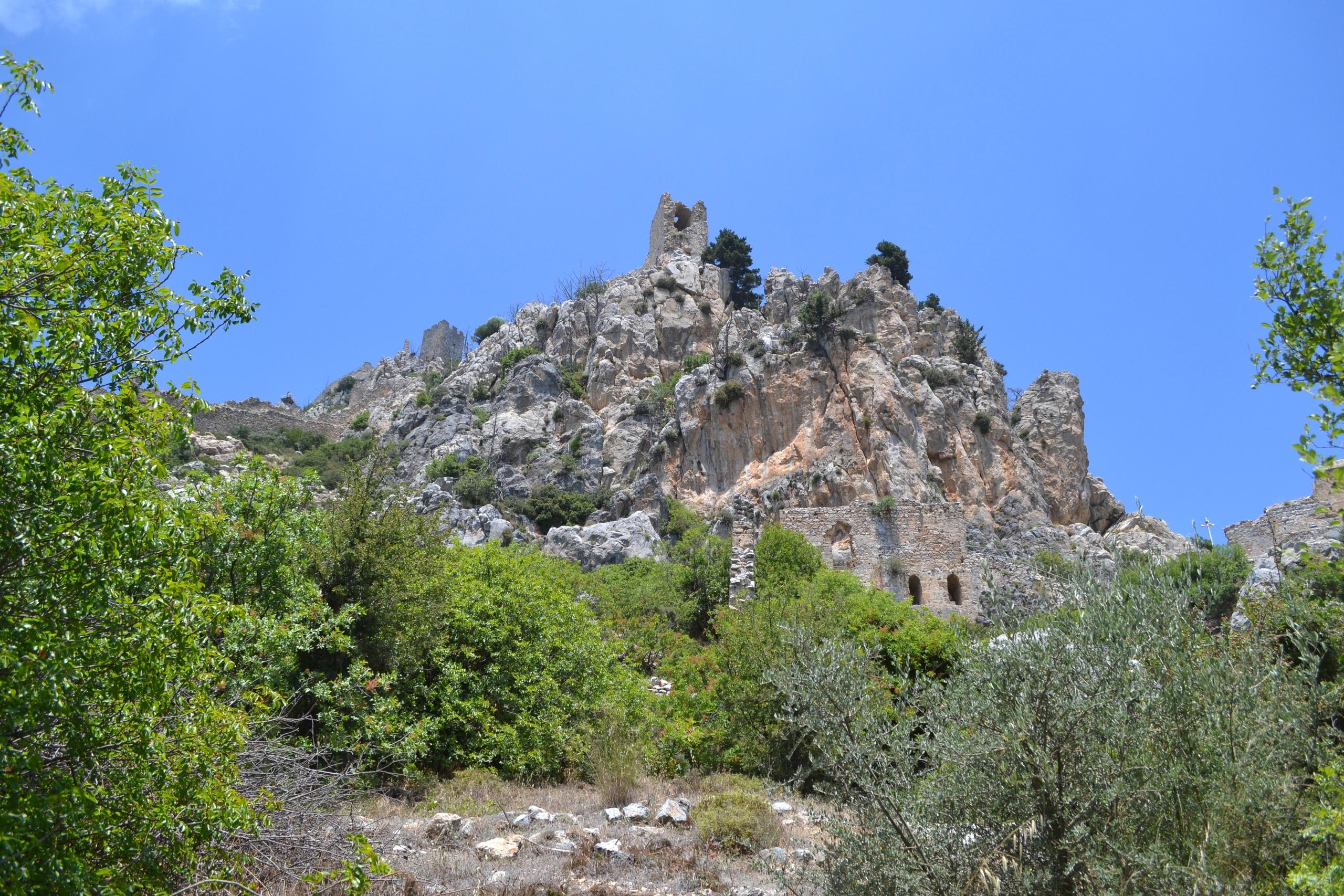 Северный Кипр. Замок Святого Иллариона. (фото). LcuI0OUtVhs