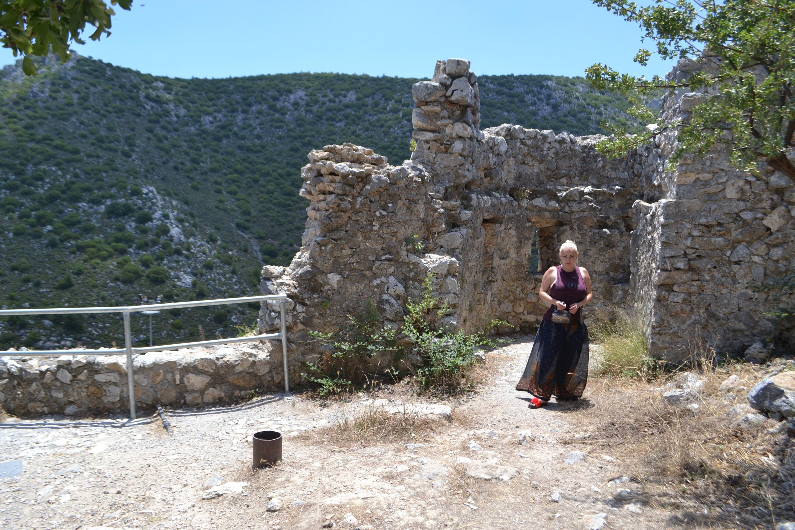 Северный Кипр. Замок Святого Иллариона. (фото). PEVjzvKLQi8