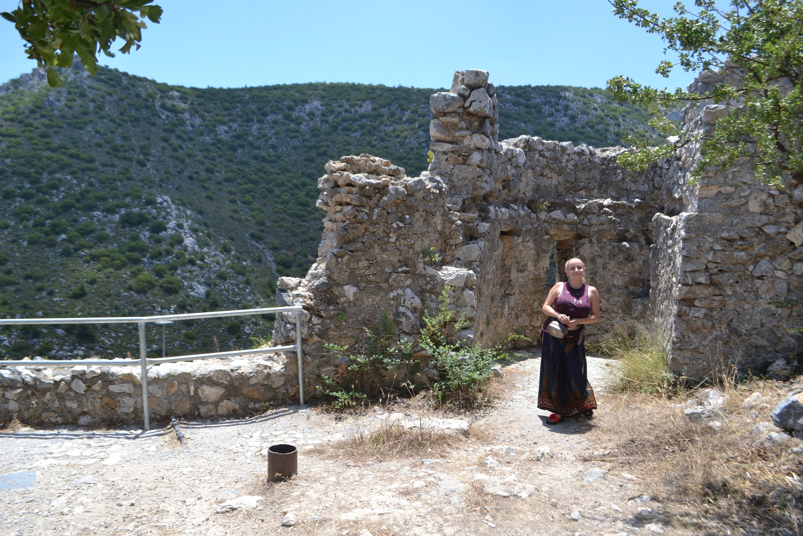 Северный Кипр. Замок Святого Иллариона. (фото). OTC0P6kSd-U