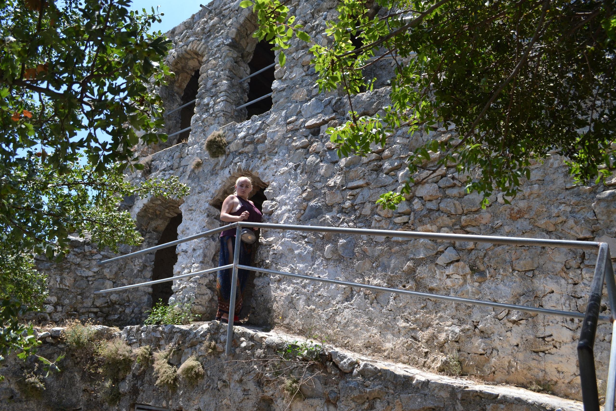 Северный Кипр. Замок Святого Иллариона. (фото). KIxUIPT6nCE