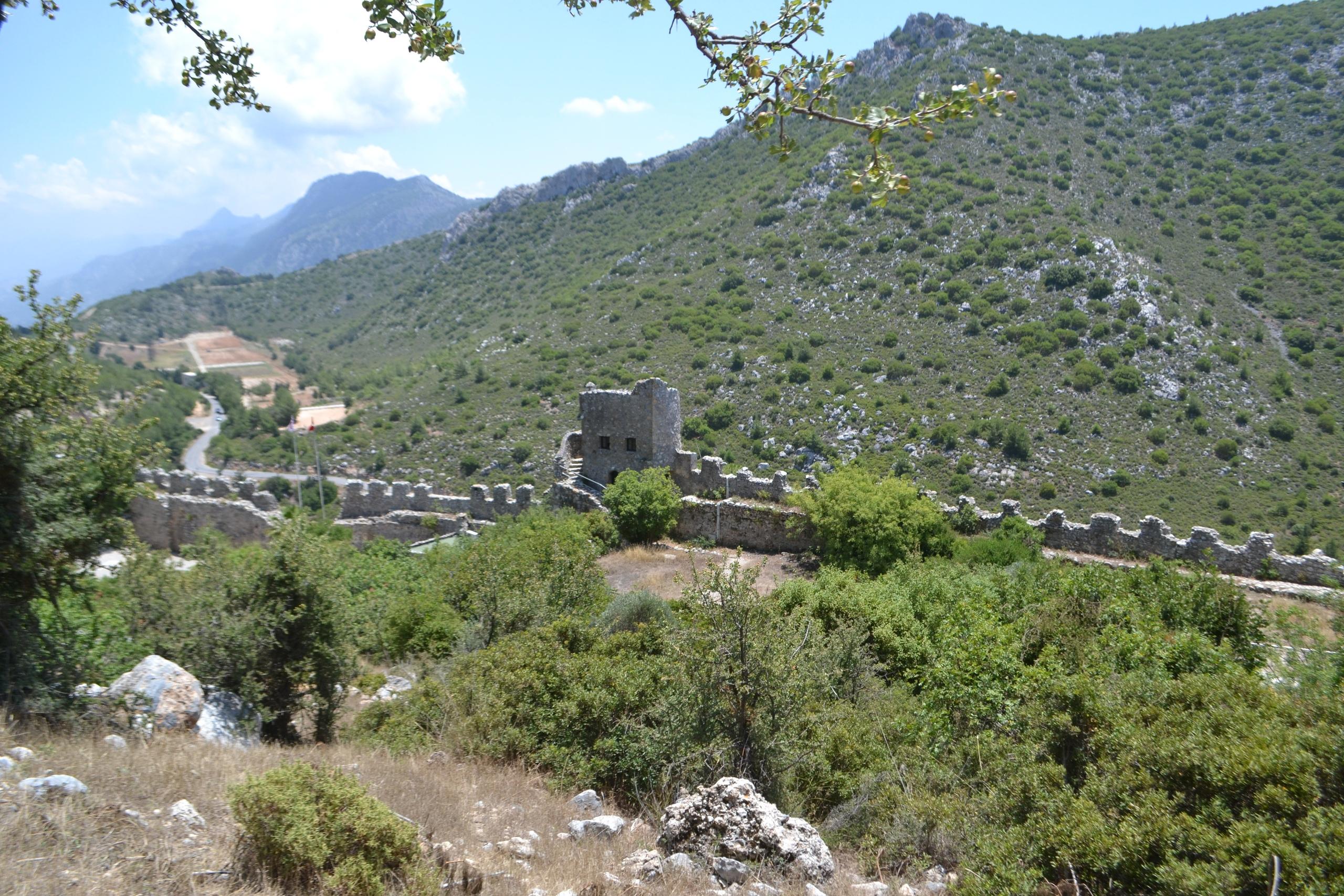 Северный Кипр. Замок Святого Иллариона. (фото). JhM4m7AZmXs