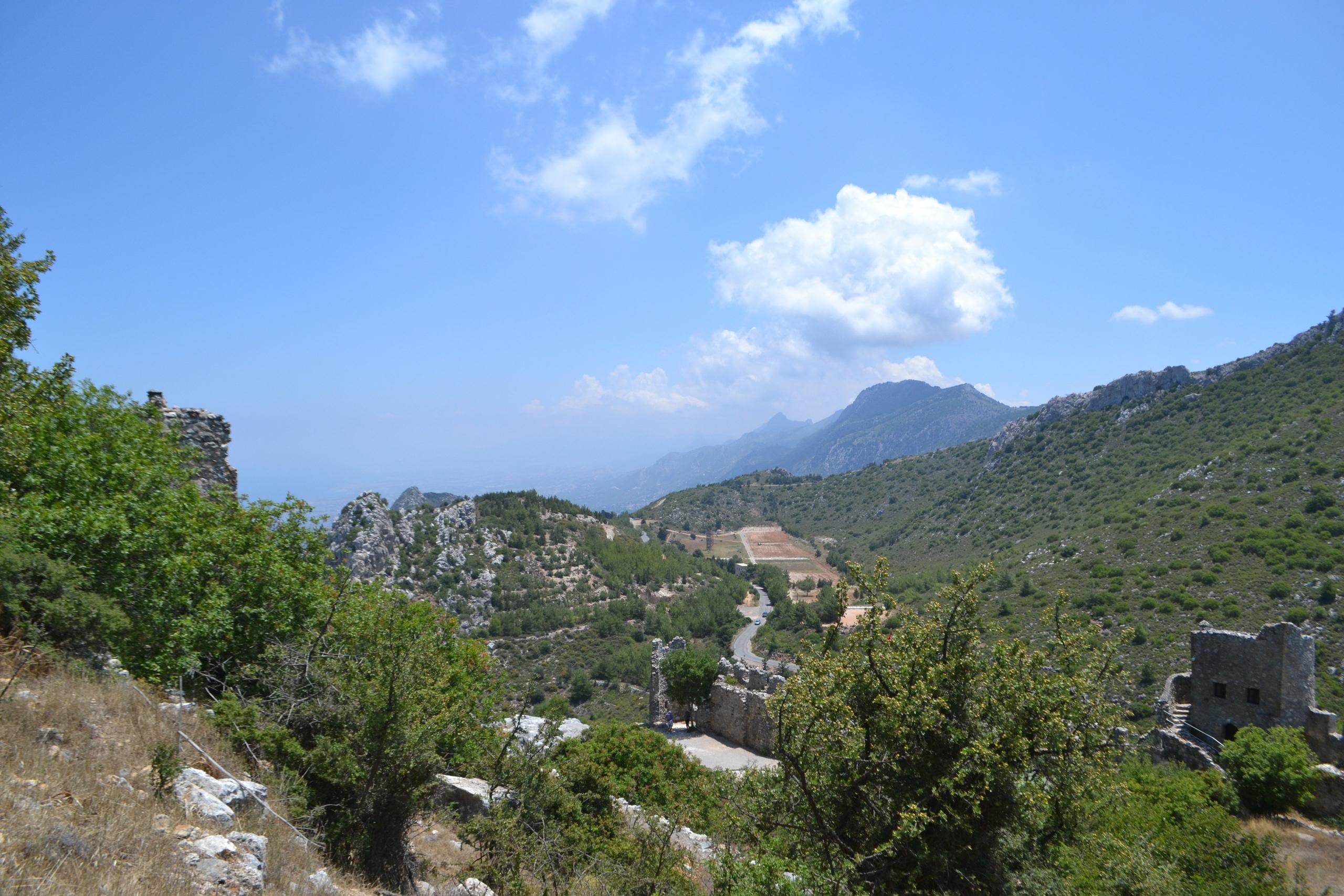 Северный Кипр. Замок Святого Иллариона. (фото). KAe2qNu24Xw
