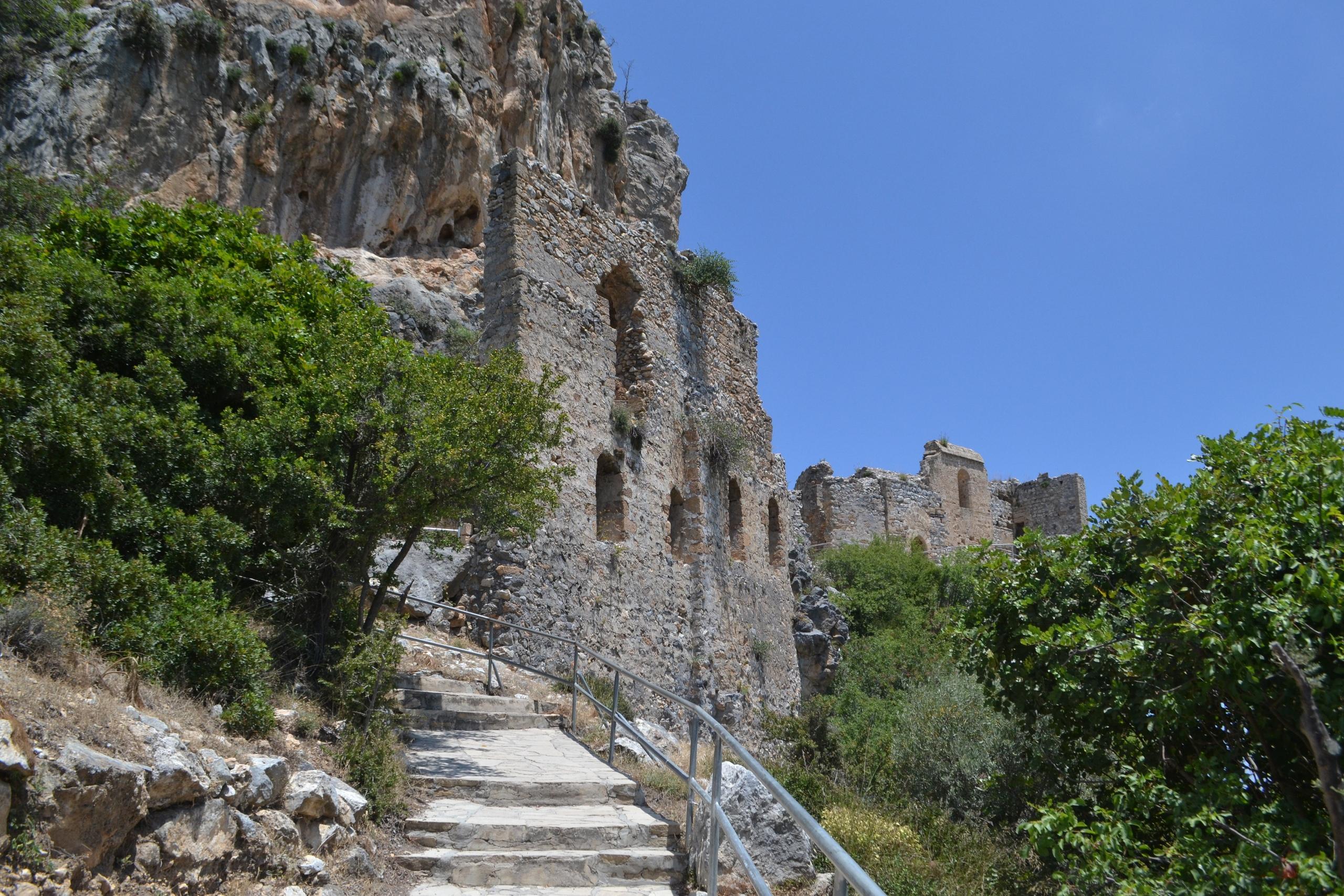 Северный Кипр. Замок Святого Иллариона. (фото). AtlrDFjewN8