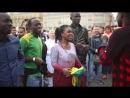 Сенегальские болельщики на Манежной площади
