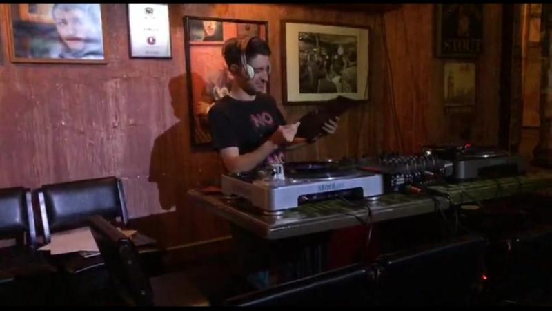 Виниловый четверг в Mr. Drunke Bar