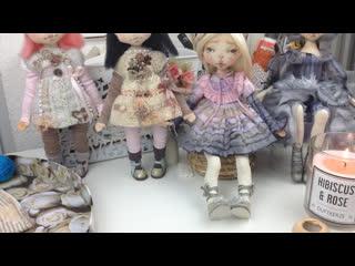 Декорирование вязаного платья для куклы