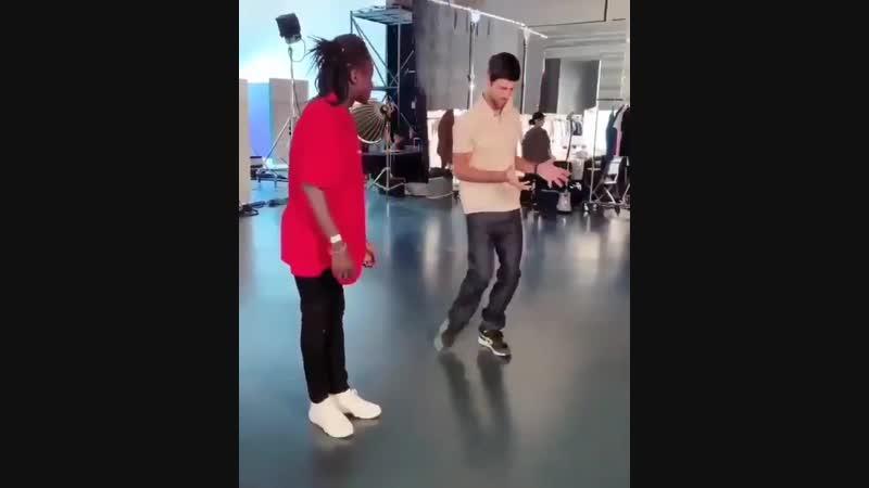 Танец Новака Джоковича (Betting good tennis)
