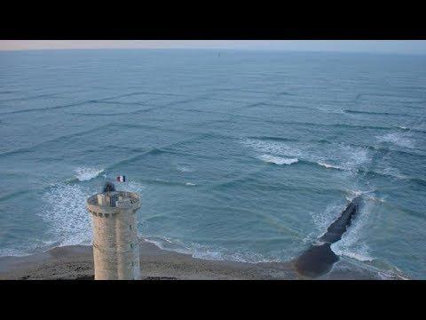 Если вы увидите КВАДРАТНЫЕ ВОЛНЫ в море быстро выйдите из воды