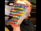 Psychedelic Hair Looks Like An Optical Illusion