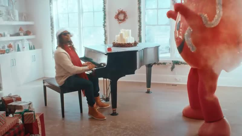 Lil Jon feat. Kool-Aid Man - All i really want for Christmas