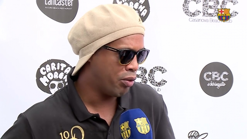 Ronaldinho - ' Veo al Barça muy bien'.mp4