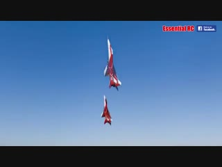 FANTASTIC Russian Mikoyan MiG-29 FORMATION PAIR_DUO with OVT VECTORED THRUST Demo