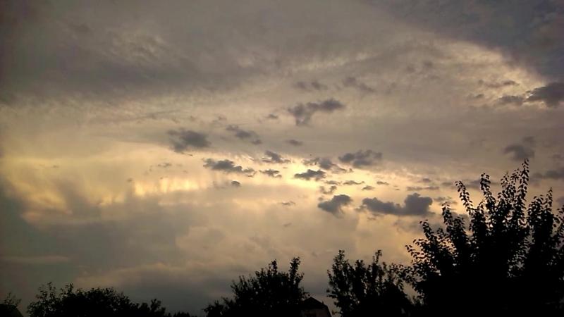 Под куполом неба