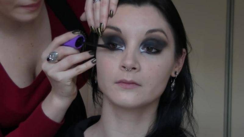 Zoe Jakes - Make up Tutorial