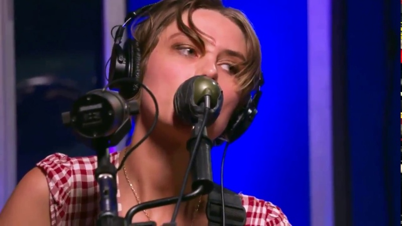 Wolf Alice - St. Purple and Green @ KCRW, Santa Monica, California, Oct. 8, 2017