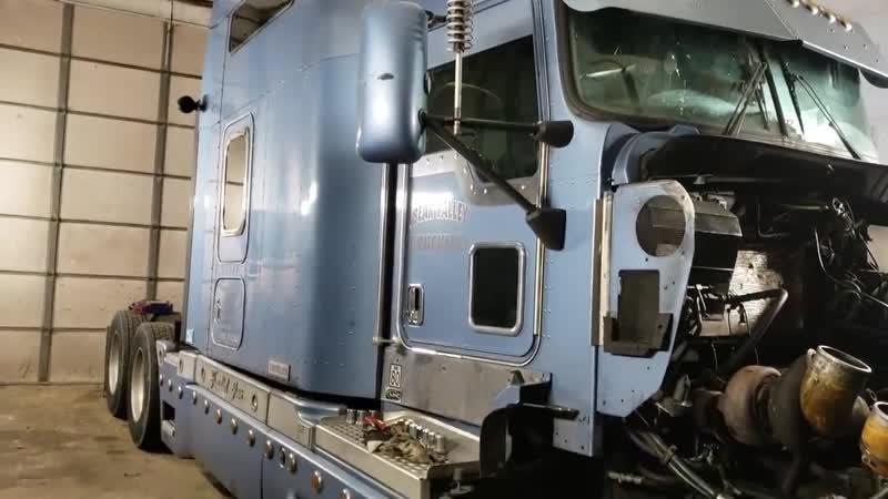 Кап ремонт двигателя САТ С15 двух турбинного. Kenworth T600.